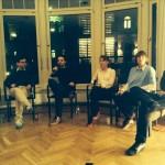 Diskussionsrunde im DLL