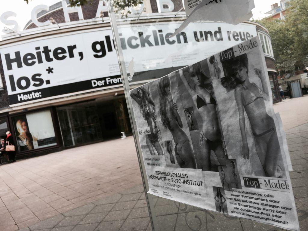 Schaubühne am Lehniner Platz und Werbung