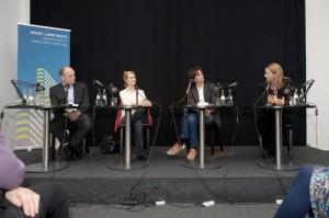 Auf dem Podium: Thomas Lehr, Elisabeth Ruge, Holger Heimann und Julia Claren (v. l.) © Tobias Bohm