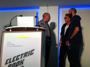 Lars Sobiraj mit Luc Gross & Bernhard Bauch (TRAUMAWIEN)